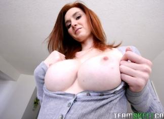 Dee Dee Lynn
